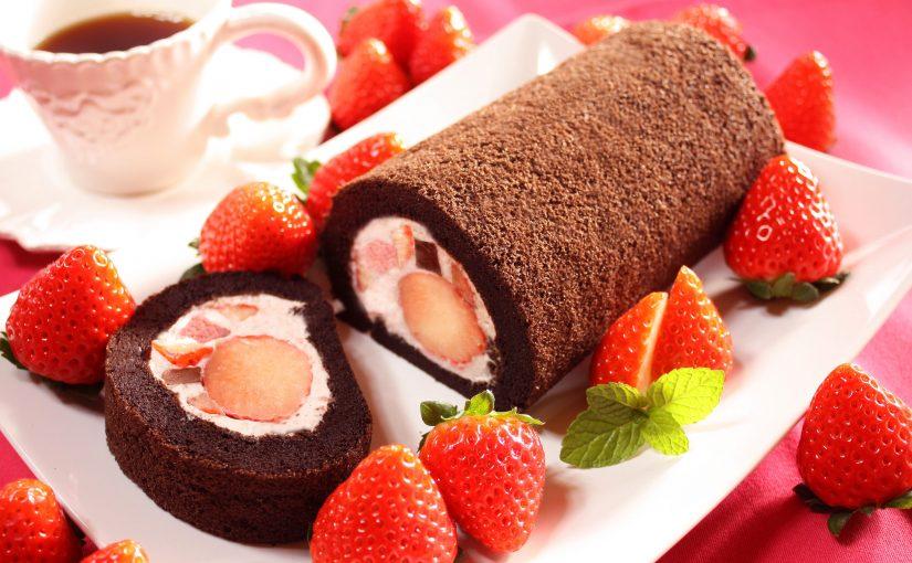 【予告!】新年最初のスイーツは「朝摘み完熟いちごの生チョコロール」♪